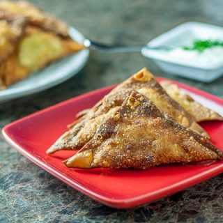 Easy samosas with wonton wrappers