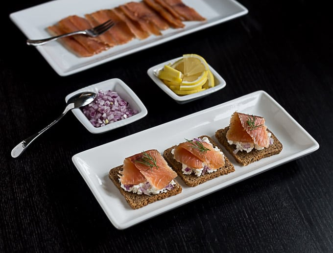 A recipe for Gravlax salt cured samon. | ethnicspoon.com