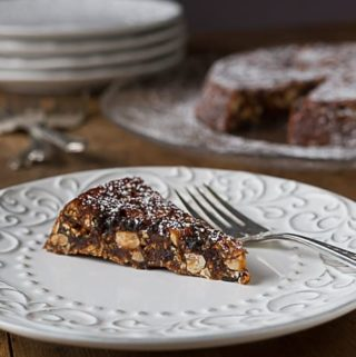 Panforte: A 14th century Italian Chrismas dessest made with nuts, candied orange peel, dried fruits and aromatice spices. | Ethnicspoon.com