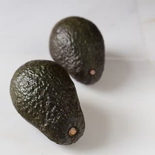 Fresh ripe avocado and history. | ethnicspoon.com