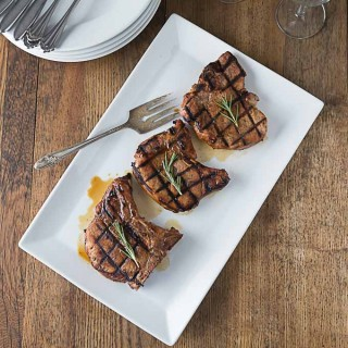 Coffee and jerk seasoning marinated pork chops | ethnicspoon.com