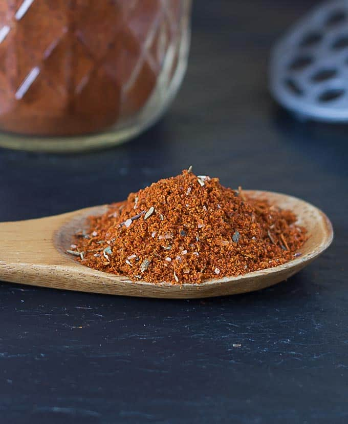 DIY: Make your own chili powder blend. | ethnicspoon.com