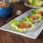 Spicy chicken lettuce wraps in a Thai style. | ethnicspoon.com