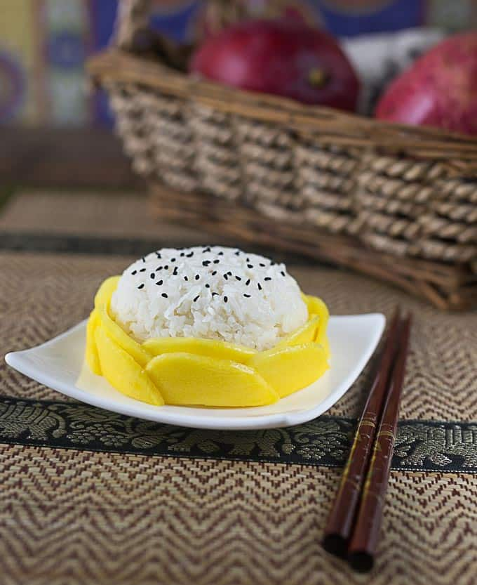Try this super simple Thai mango sticky rice recipe for an exotic dessert. | ethnicspoon.com