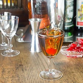 Perfect Manhattan recipe: A classic cocktail you can make with bourbon, rye, Canadian or Irish whiskey. Take your pick! The perfect recipe uses dry and sweet vermouth whereas the classic uses only sweeet. | ethnicspoon.com