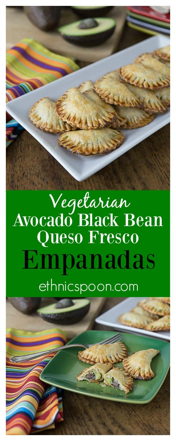 Delicious vegetarian empanadas with avocado, black beans and queso fresco. A nice crunchy Latin pastry with creamy avocado filling! Que Rico! #VidaAguacate #TusFiestas | ethnicspoon.com