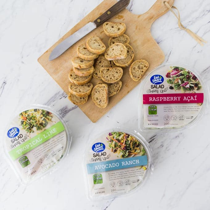 I love the super foods in Eat Smart salad kits and shake ups. The Eat Smart salad kits are perfect to complement any weeknight meal. All the beautifully fresh ingredients are packed into one delicious bag for your convenience, toppings and all! | ethnicspoon.com