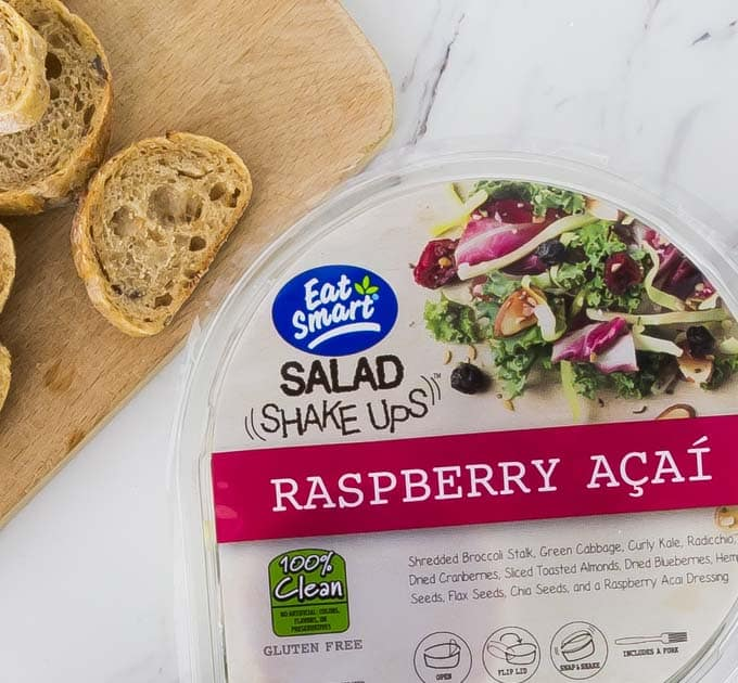 My favorite Eat Smart shake ups is the raspberry acai kit with a tangy and sweet dressing! The Eat Smart salad kits are perfect to complement any weeknight meal. All the beautifully fresh ingredients are packed into one delicious bag for your convenience, toppings and all! | ethnicspoon.com