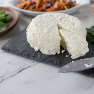 How about a little homemade cheese? Make your own queso fresco at home with the easy to follow recipe. This is a great cheese to add to nachos, tacos, enchiladas or tostadas. Que rico! | ethnicspoon.com